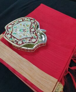 Gracious red gift pack -Red Jute dupatta with dry fruit box