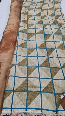 Beige and brown abstract printed chiffon saree